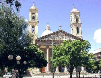 Procesión por el aniversario de la ciudad de San Luis