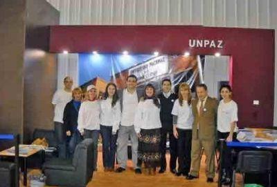 Stand de la UNPAZ en Tecnópolis