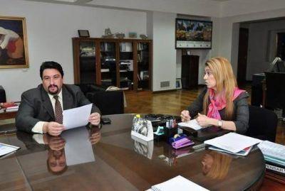 La ministra de Industria Débora Giorgi recibió al gobernador de Misiones