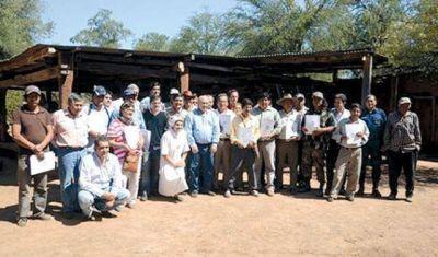 Aborígenes y criollos celebraron la entrega de carpetas de lotes 55 y 14