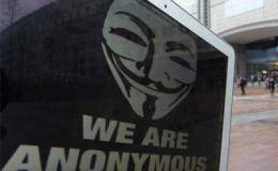Anonymous atacó sitios web del gobierno británico en apoyo a Assange