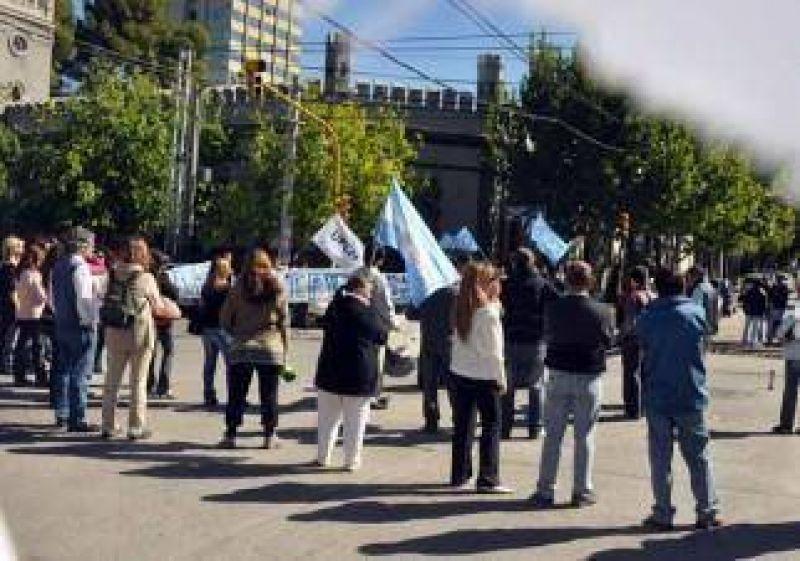 UPCN para y se moviliza en la capital