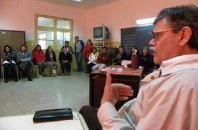 AMP apoya a los docentes de Famatina a quienes sancionaron sin razón
