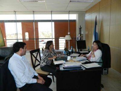 La ministra Nigra recibió a la intendenta de Villa de la Quebrada