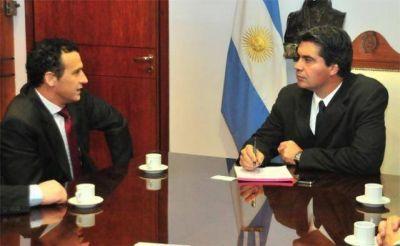Convenio con nación para mejorar y ampliar el servicio ferroviario en el Chaco