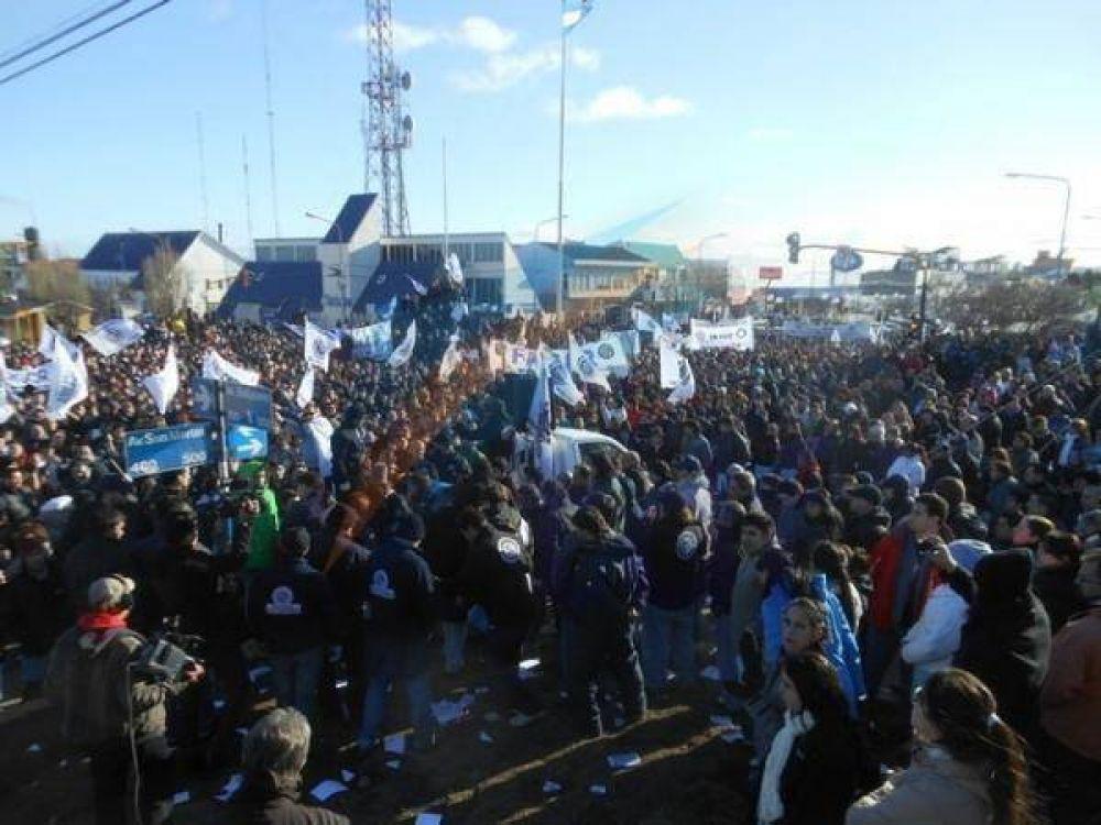 La UOM volcó miles de metalúrgicos a las calles contra la Tarifaria