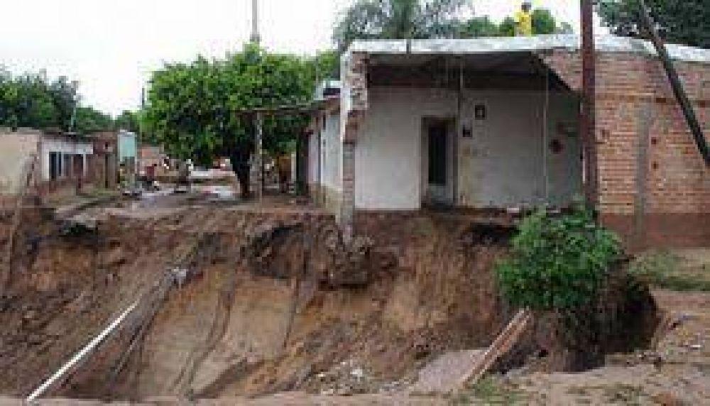 Urtubey dispuso expropiar terrenos para casas y otorgar créditos para Tartagal