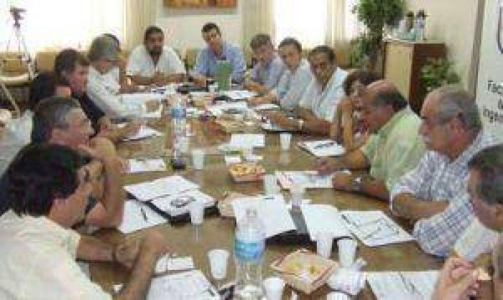 El Cones busca integrar a los partidos políticos a un Pacto Social
