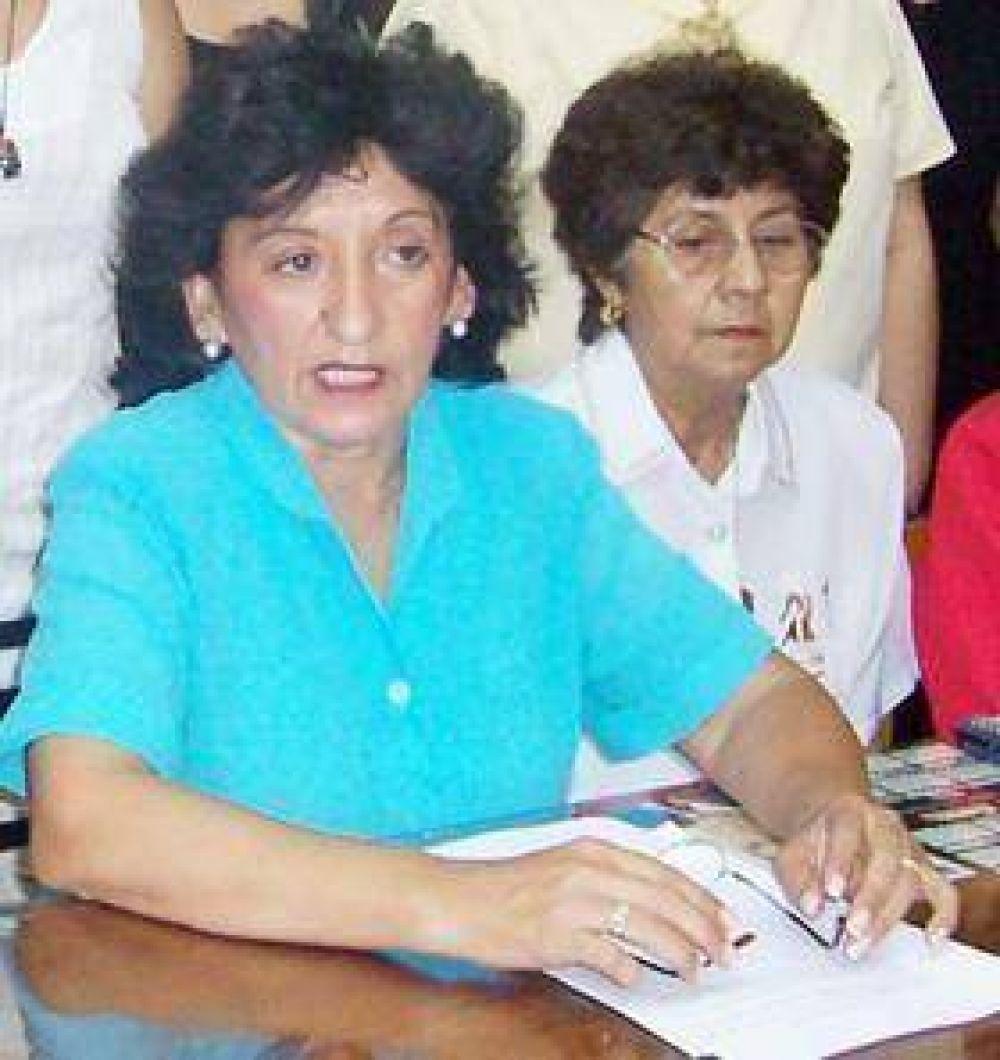 Graciela Navarro ingresa a la Cámara