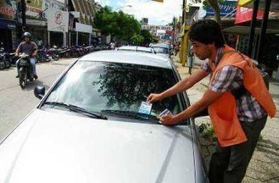 Serias irregularidades con el estacionamiento medido