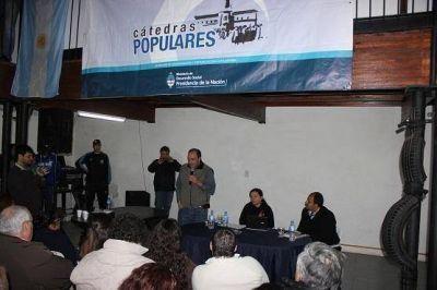 Desarrollo Social lanzó las Cátedras Populares en Malvinas Argentinas