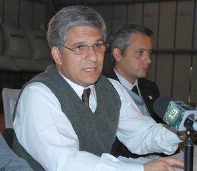 Poggi y Mones Ruiz criticaron excarcelaciones