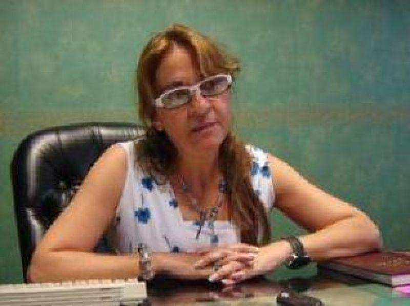 La Ministra de Educación de la provincia ratificó 1490 pesos de salario docente.