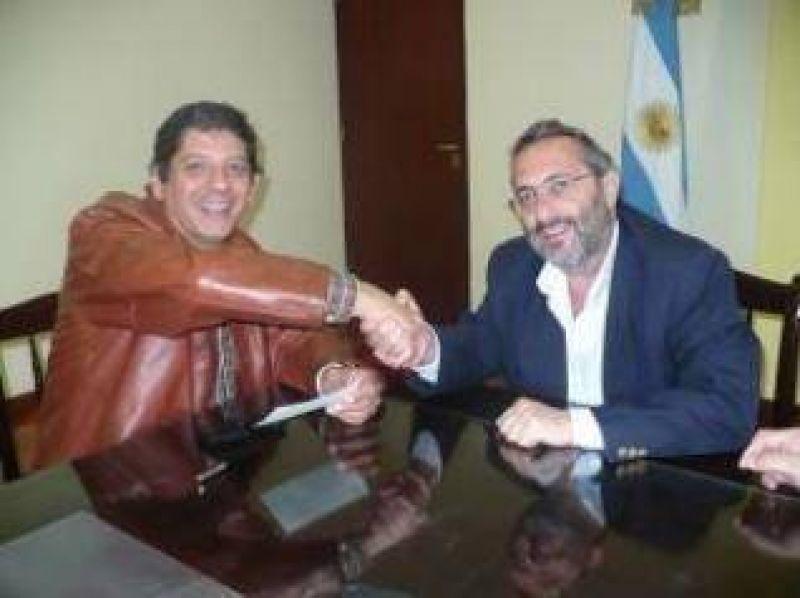 Comuna de Libertador recibi� fondos para obras p�blicas.