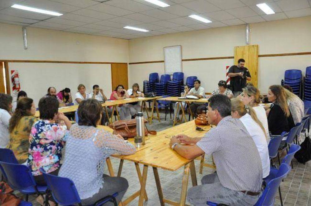 UTELPa Santa Rosa: un plenario de delegados pidió el regreso a la Intersindical