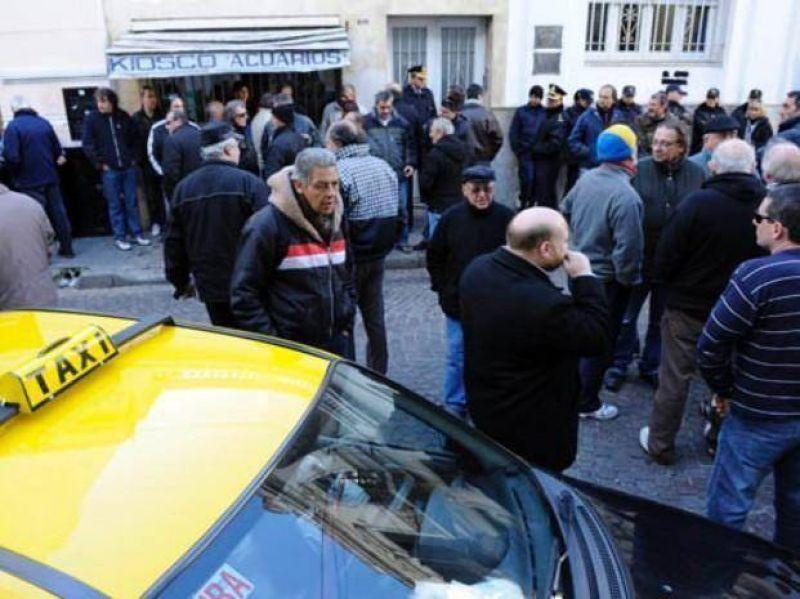 Tensiones entre los taxistas, pese aque el Concejo aumentará la tarifa