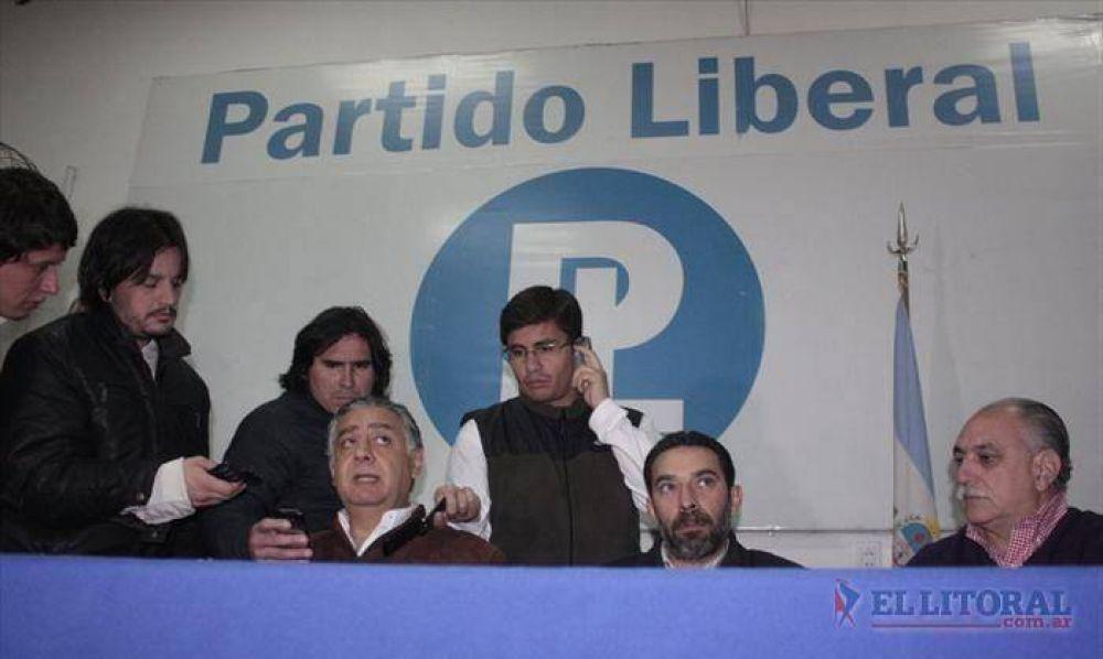 PL: Josefina volvió a suspender la reunión del comité y se quebró la anhelada unidad