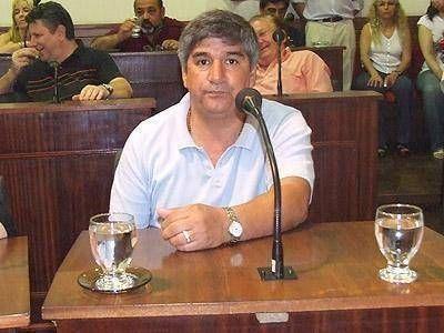 AVELLANEDA: Para Gamarra, Ferraresi �tiene el fantasma de Cacho �lvarez atr�s�