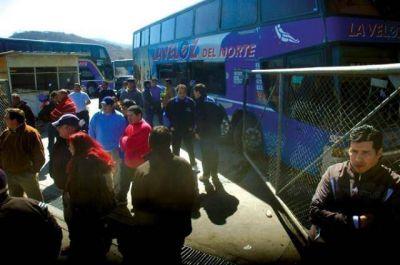 La Veloz sin salir a ningún punto del país por el paro de trabajadores