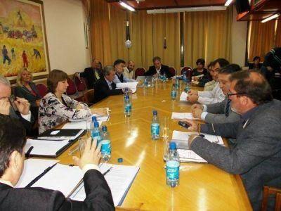 Comisiones de Hacienda y de Ecología sacaron dictamen de la Ley de Hidrocarburos