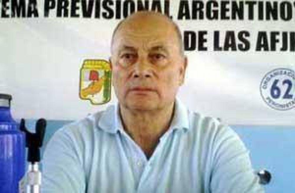 """Venegas califica de """"vergonzoso"""" aumento del salario mínimo y anuncia plan de lucha"""