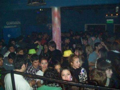 Por decreto extienden el horario de cierre de locales bailable en Valle Viejo