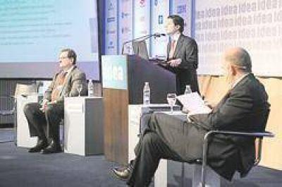 Economistas prevén recuperación (pero crecimiento amarrete)