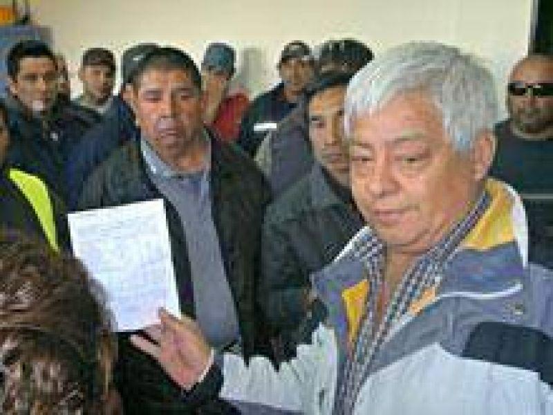 """La UOCRA se declaró en alerta y anunció que resistirá """"intentos de desestabilización e intervención"""""""