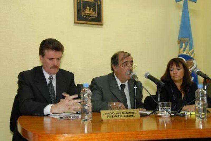 Roquel advirtió sobre problemas económicos en la Municipalidad.