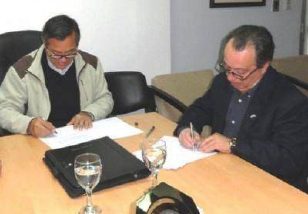 Firman convenio la UNaF y el CEDEVA Formosa