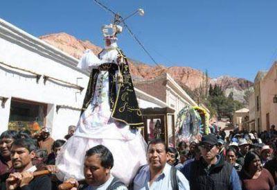 Purmamarca de fiesta Emotivo tributo a Santa Rosa de Lima