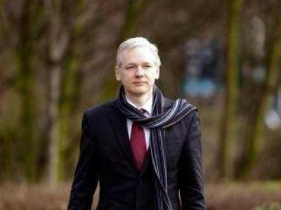 Assange cree que Suecia abandonará su caso