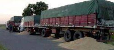 """Por semana, los """"piratas del asfalto"""" se roban 30 camiones"""