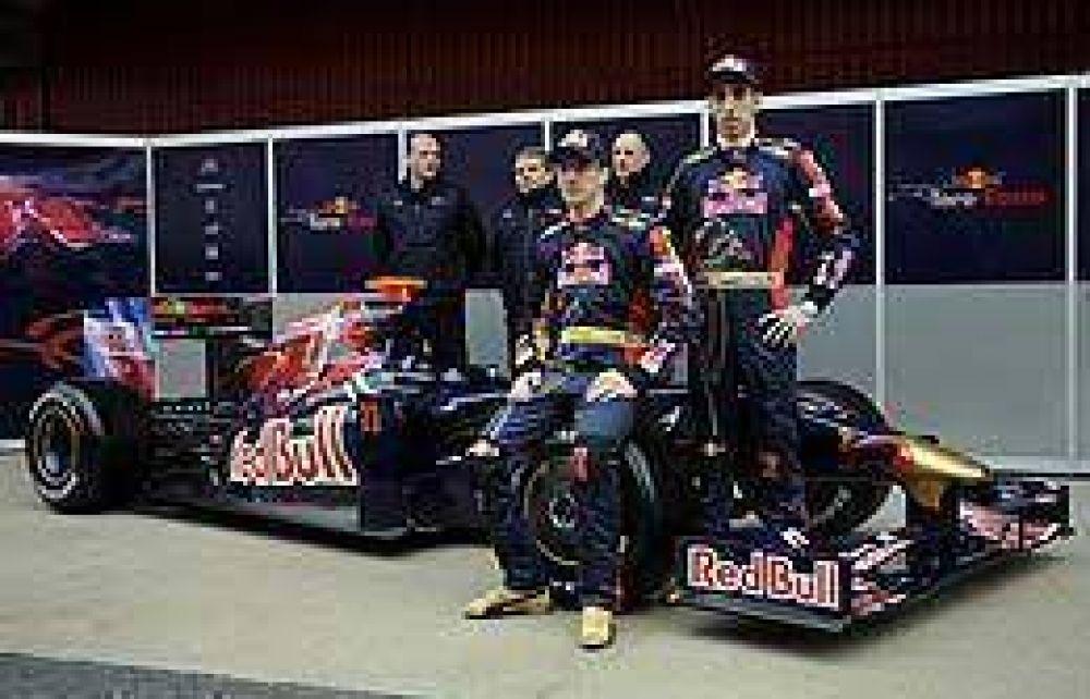 Toro Rosso presentó su nuevo monoplaza para la temporada 2009.