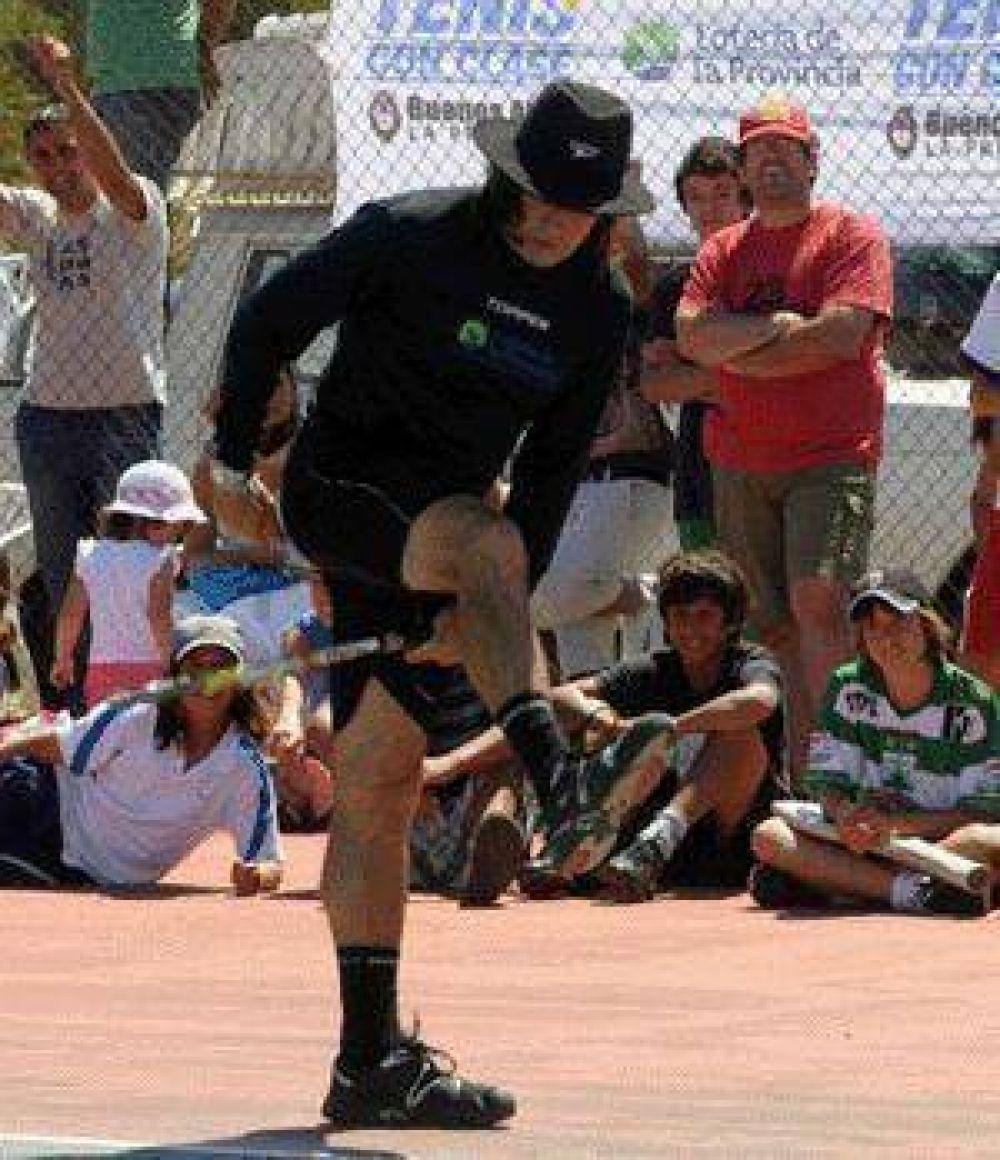 En el Club Atlético  Guillermo Vilas llega a Pilar para mostrar su magia del tenis