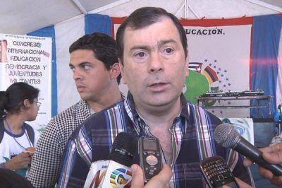 """Zamora: """"Prefiero a nuestros jóvenes decidiendo y no incluídos en el consumismo"""""""