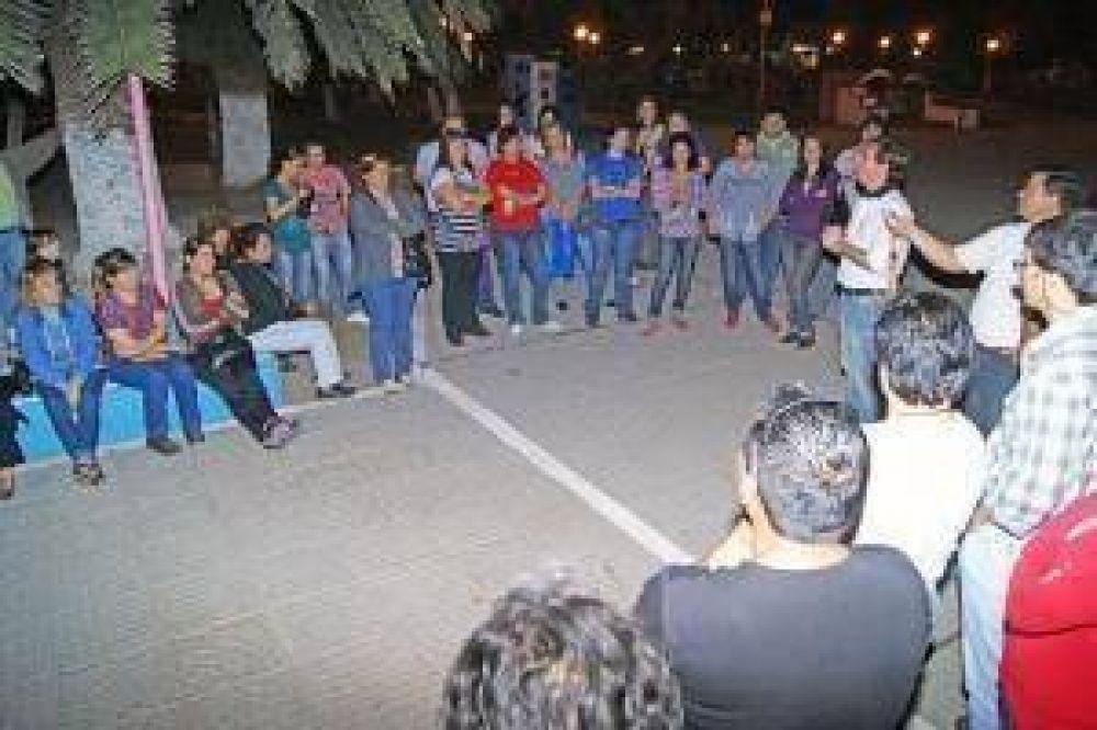 Gutiérrez acompañó manifestación de docentes