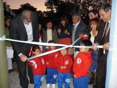 Funcionarios de educación inauguraron jardín maternal