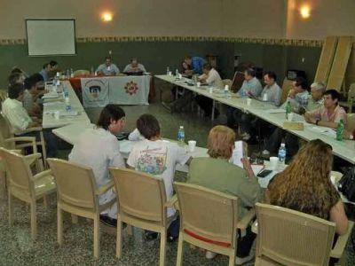 Bomberos trataron reformas del reglamento interno