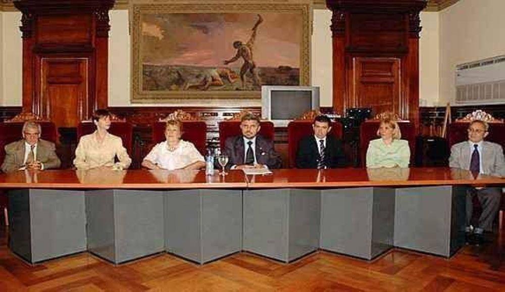 Para la UCR, Schiaretti privilegia a los jueces