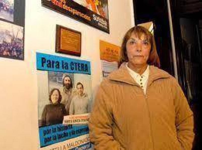 """Zuelema Casanovas manifestó que """"el Consejo Escolar está con muchos problemas y algunos docentes no cobran el sueldo desde febrero"""""""