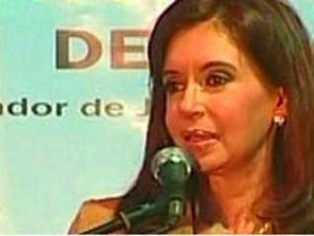 La Presidenta presenta el anteproyecto de Ley de Radiodifusión el próximo martes en el Teatro Argentino.