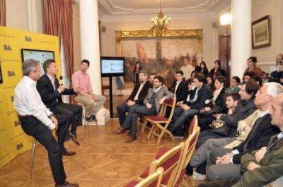 """Macri apuesta fuerte a la tecnología para """"transparentar la gestión"""""""