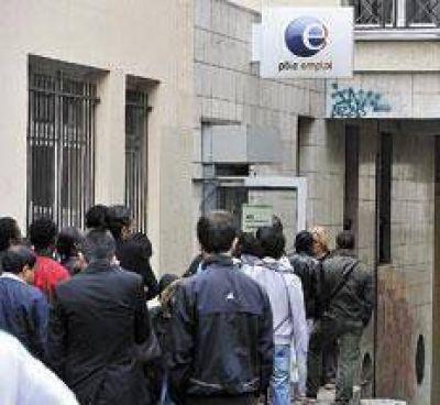 Crecen el desempleo y la crítica a Hollande