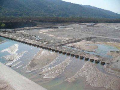 """Procuran acelerar las obras en el dique """"Los Molinos"""" y canal derivador"""