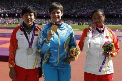 Escándalo en los Paralímpicos: se niega a devolver su medalla