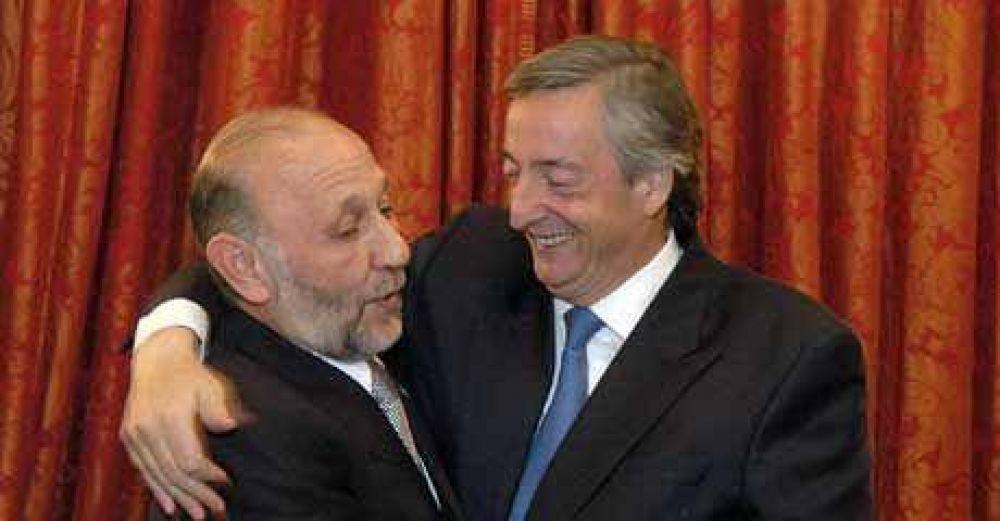 Insfrán hoy más cerca de Kirchner a diferencia de otros gobernadores.