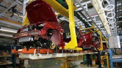 Renault suspende, en medio de datos preocupantes para el sector