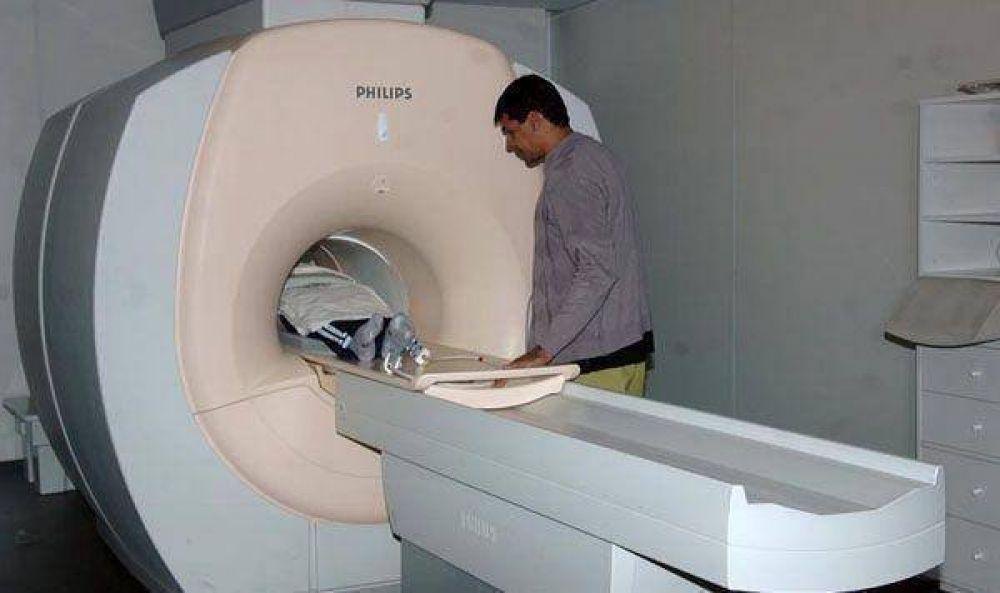 Se realizan un promedio de 300 resonancias magnéticas mensuales