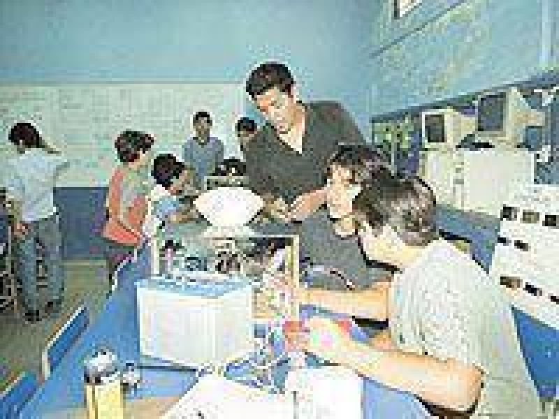 Santiague�os podr�n acceder a becas de educaci�n t�cnica.